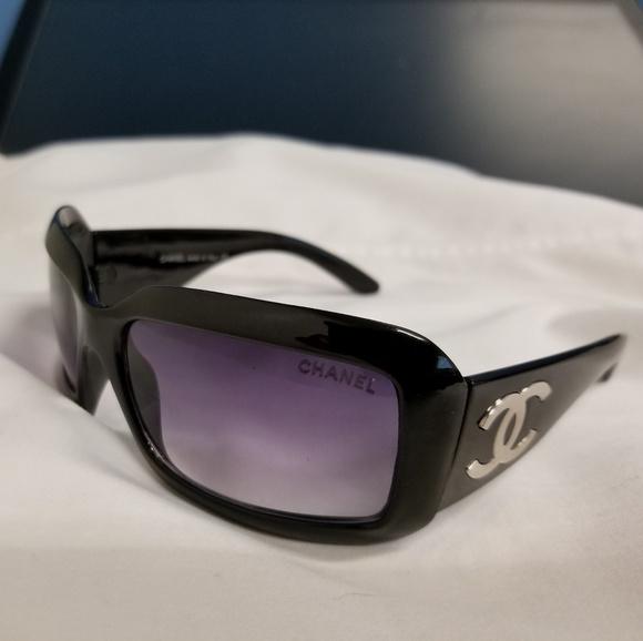 b8b987ff248c CHANEL Accessories - CHANEL Womens Sunglasses Made in Italy BAMFshades!